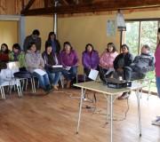 PDTI de Hualaihué realiza taller de liderazgo en sector La Arena