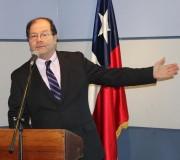 Alcalde de Hualaihué expone cuenta pública de la gestión municipal 2012