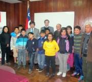 Alumnos de Hualaihué son premiados por buenos resultados en el SIMCE