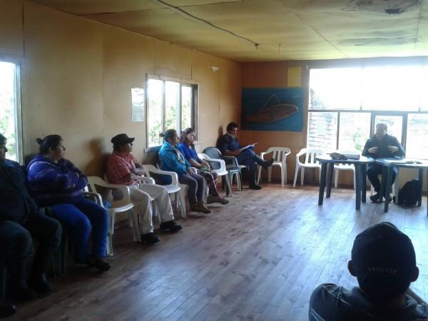 En Quiaca, reunion con los vecinos de ese sector en la sede social.
