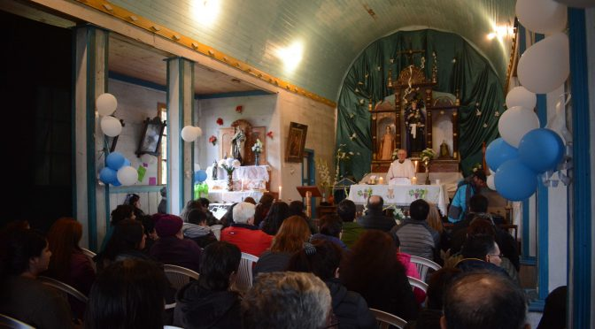 Día del Patrimonio: en iglesia San Nicolás de Tolentino se celebró en Hualaihué
